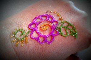 tatouage brillant