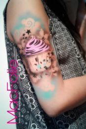 Airbrush tattoo